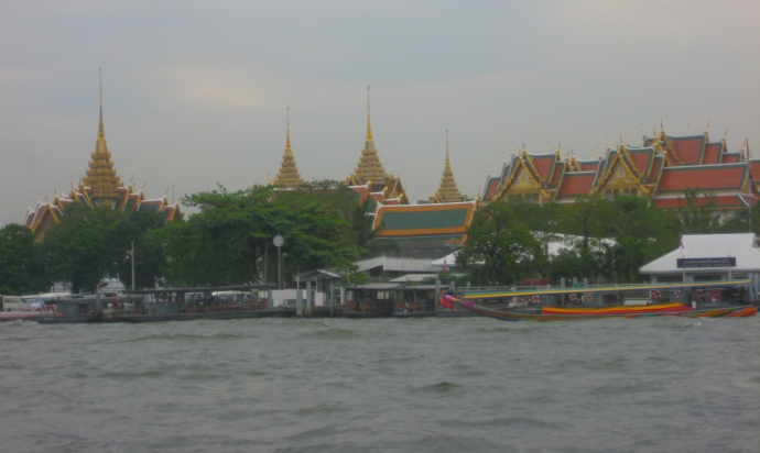 temple complex of Wat Arun