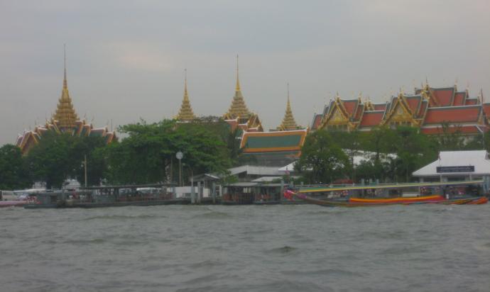 temple complex of Wat Arun