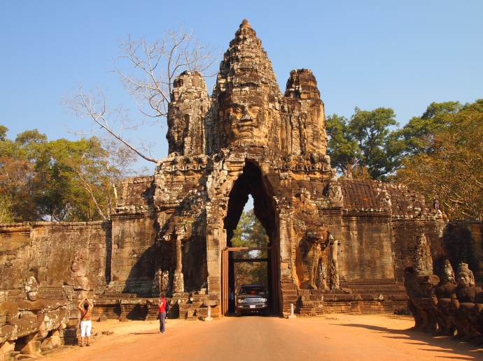 the east gate of Angkor Thom