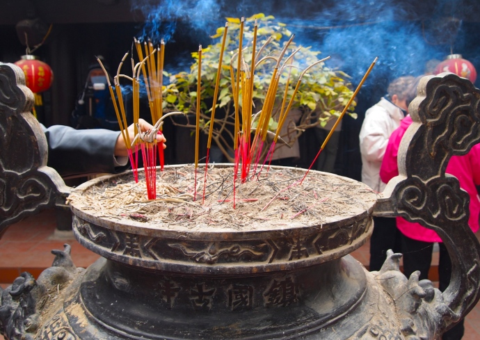 incense burning at Tran Quoc Pagoda
