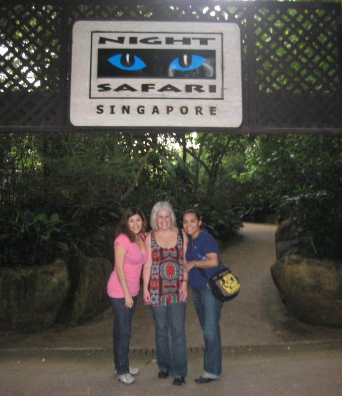 Johanna, me and Luz at the Night Safari