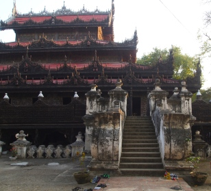 Shwe Nandaw Kyaung