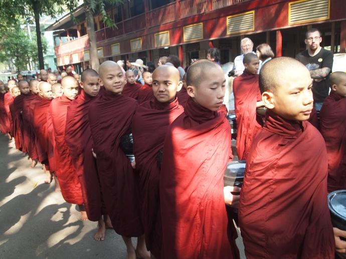 1,000 monks