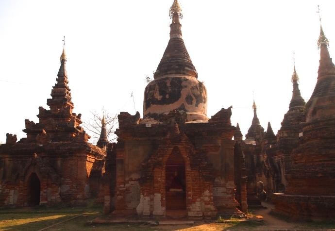 1st stop: Daw Gyan Pagoda Complex