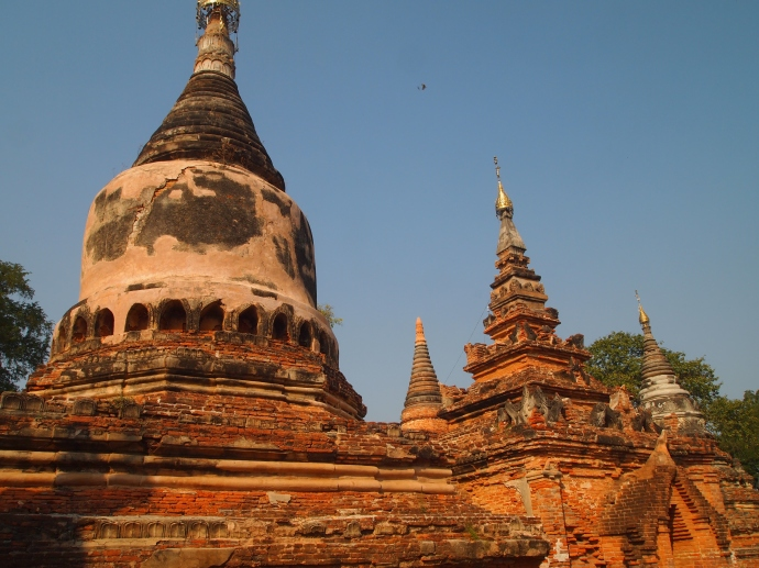 Daw Guan Pagoda Complex