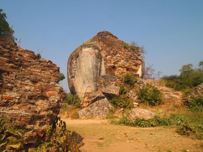 Chinthe ruins
