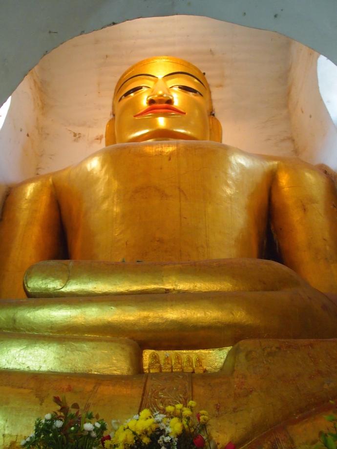 Buddha at Manuha Paya