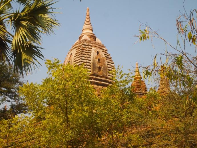 Stupa at Gubyauk Gyi (Myinkaba)
