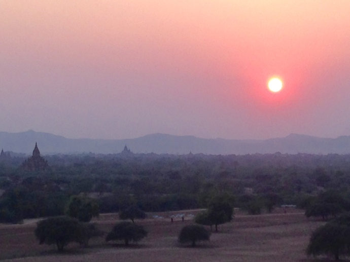 sunset on the Central Plain of Bagan