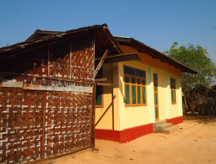colorful house at Minnathu Village