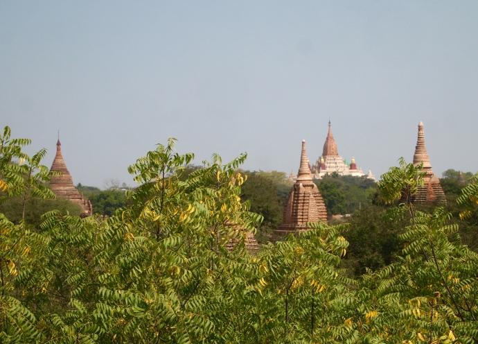 Shwe San Daw Pagoda from afar