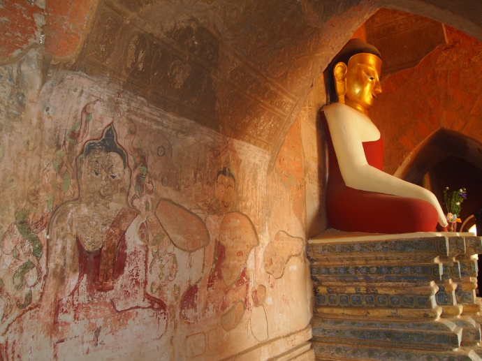 fresco & Buddha in Sulamani Pahto