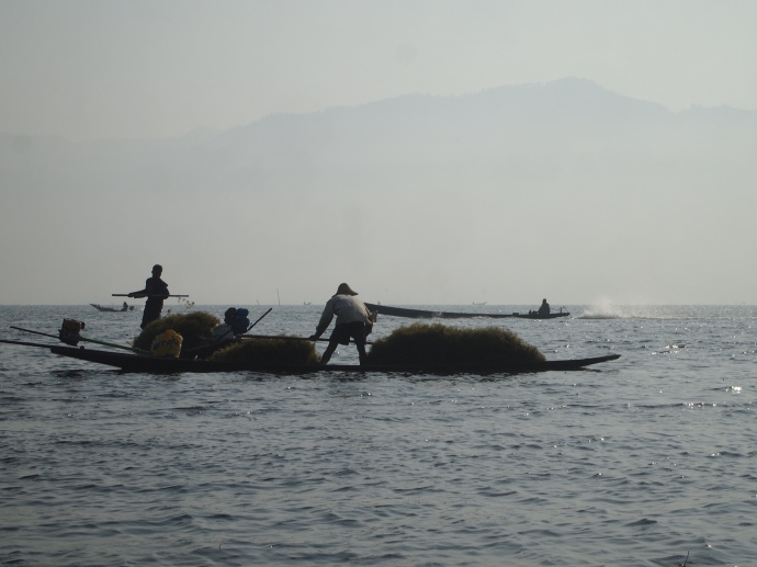 Inle Lake silhouettes
