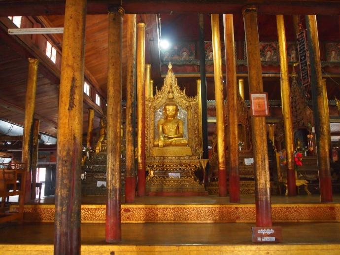 Buddha in Nga Phe Chaung Monastery