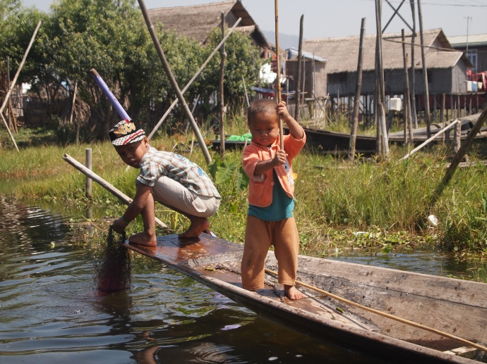 Burmese children on Inle Lake
