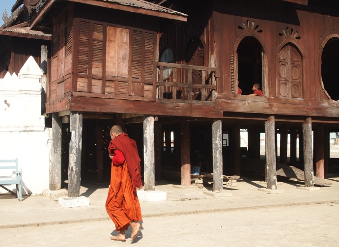 a monk at Shwe Yaunghwe Kyaung