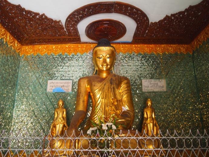 Buddha at Sule Paya